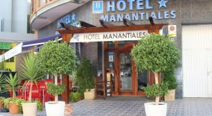 Hotel Manantiales<br>Torremolinos, Spain